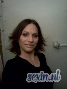 Aantrekkelijke verzorgde vrouw zoekt seks in Oss