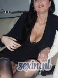 Geile vrouw zoekt seks in Leidschenveen