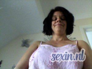 Oudere vrouw zoekt sexdate in Breda