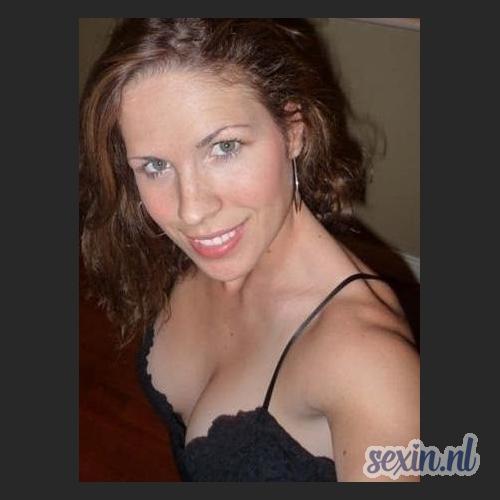 Verzorgde vrouw uit Ede zoekt seks contact