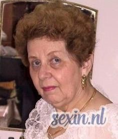 Oudere vrouw uit Rotterdam zoekt man