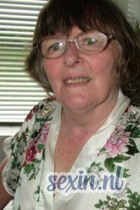 Oudere vrouw zoekt contact Westland