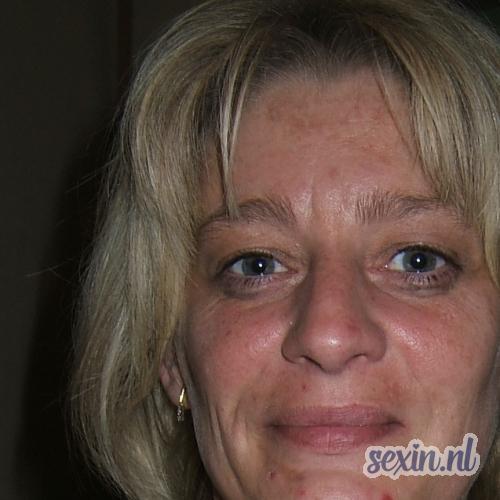 Rotterdamse vrouw zoekt gezelschap