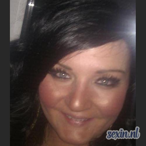 Volslanke vrouw uit Huizen zoekt seks